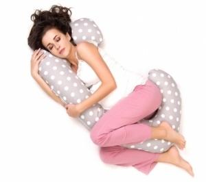 """Super Mami """"J""""  Poduszka dla kobiet w ciąży wzór Grochy"""